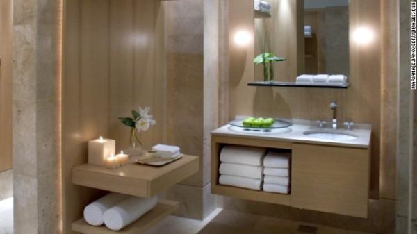 hotels-towels-600x337